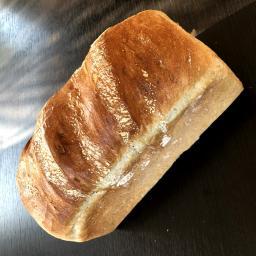 white_tin_loaf.jpg